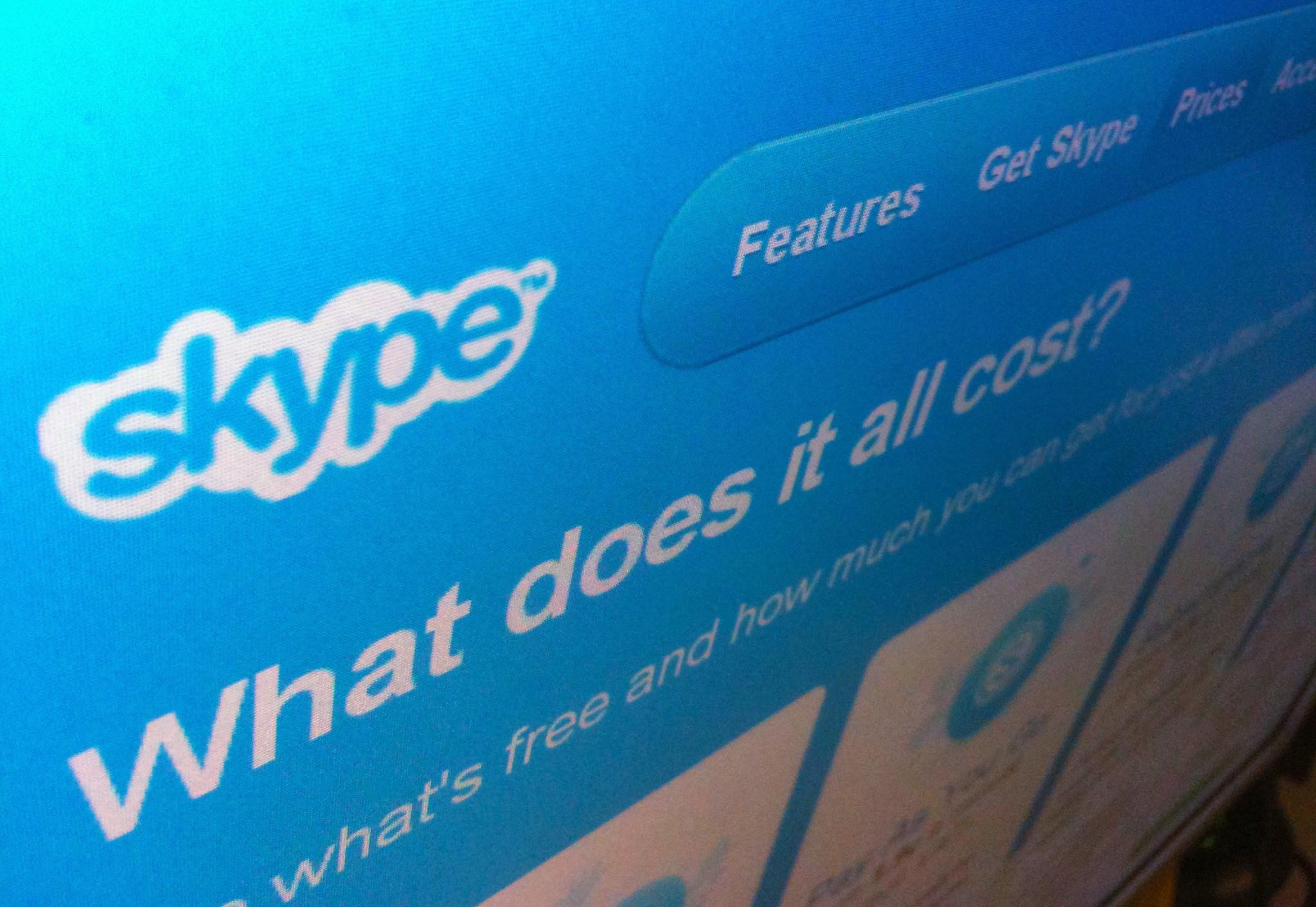 Foto: Skype vai ter tradutor em tempo real A Microsoft apresentou uma versão teste daquela que será uma das próximas ferramentas do Skype, o serviço de telefone gratuito online da Microsoft, e que deverá ser lançada no final de 2014: um tradutor em tempo real para as conversações dos utilizadores. http://go.pwm.pt/1k3VNr9